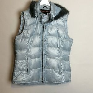 Ariat puffer down vest with removable hood size L
